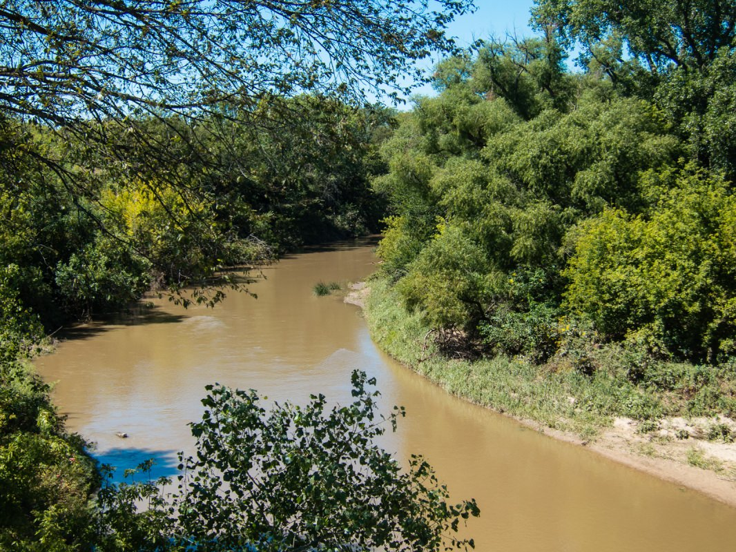 Meadowlark Trail: Smoky Hill River
